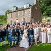 wedding guests new lanark wedding photographer richard campbell photography